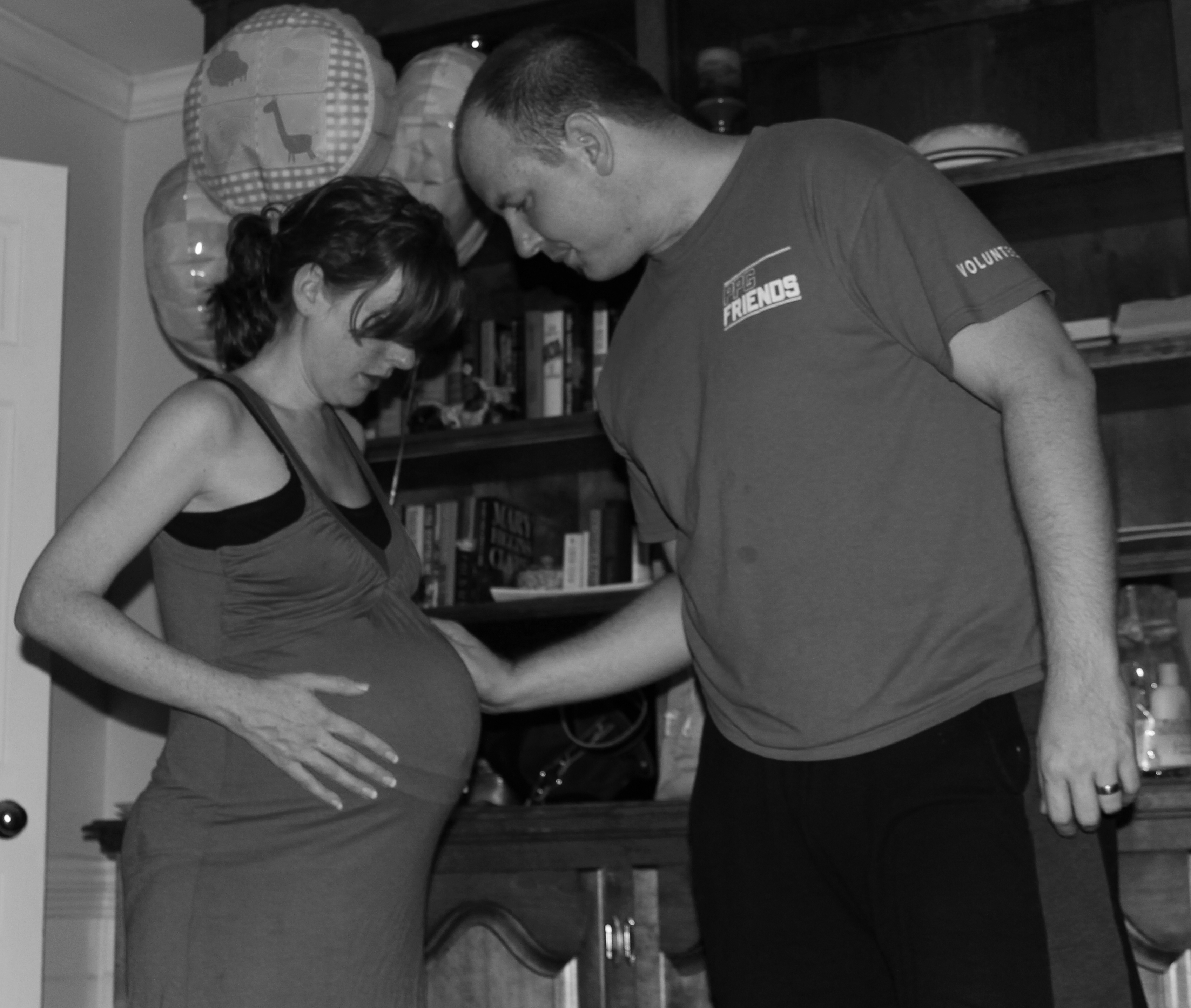 Contractions 5 Minutes Apart: Diary Of A Homebirth