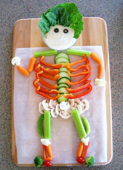 halloweenveggieskeleton